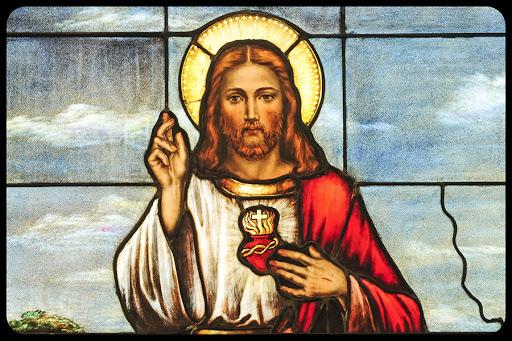 Sacred Heart of Jesus 01 © Nancy Bauer / Shutterstock.com - it