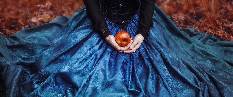 hero-apple-temptation-leaves-dress-hands-lia-koltyrina-shutterstock_300073181