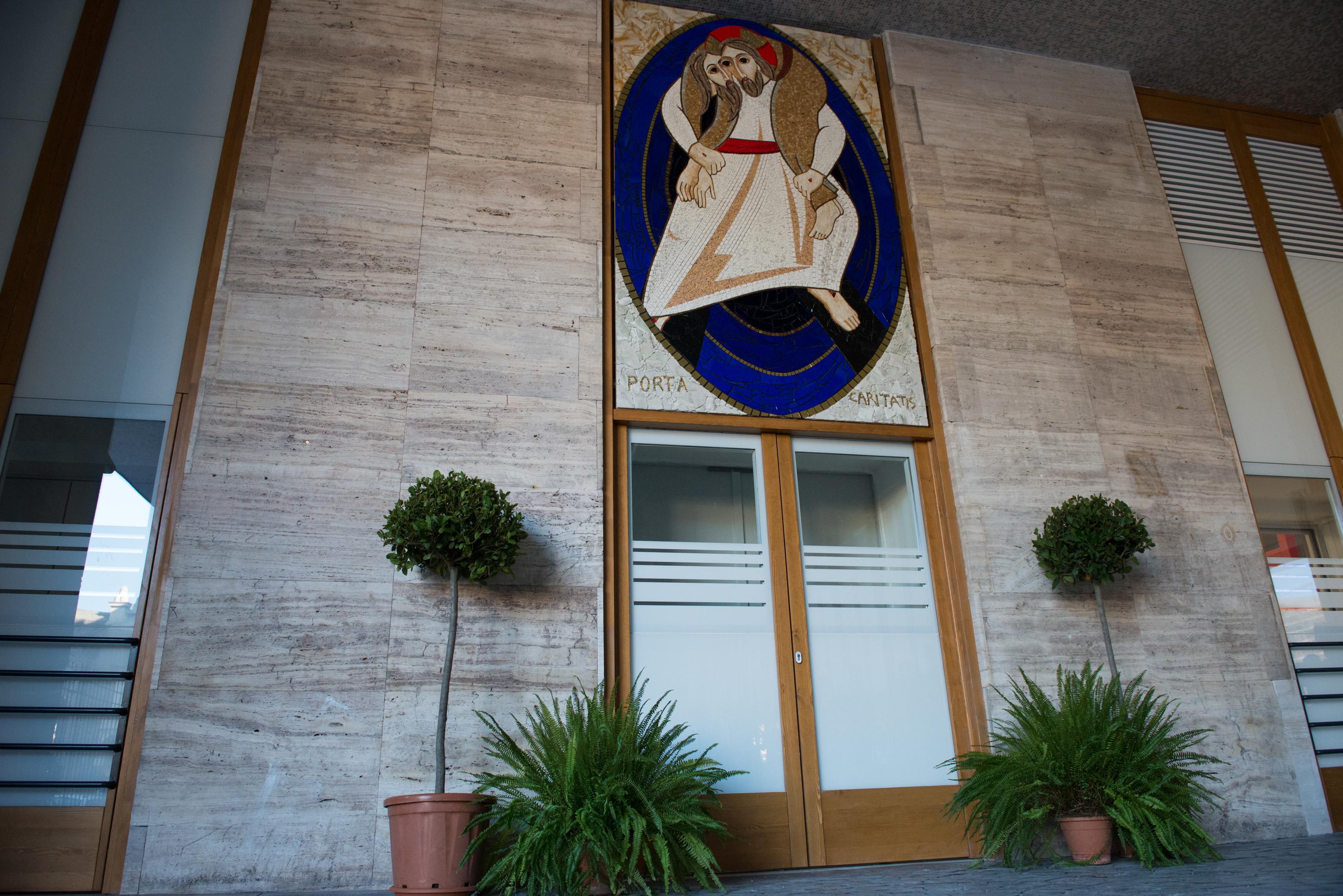 Mosaico Logo Giubileo della Misericordia - Ostello Caritas