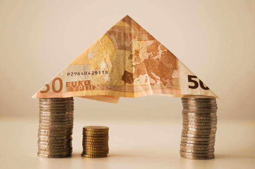 house-money-capitalism-fortune-12619-large