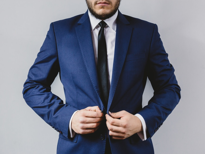 suit-portrait-preparation-wedding-large