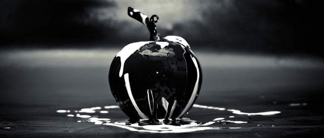 art-creative-apple-glass