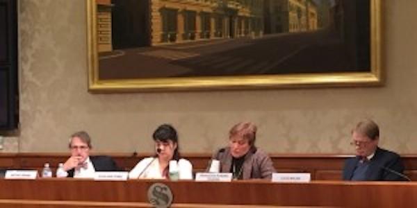 Toni Brandi, Elisa Gomez, Francesca Romana Poleggi e il senatore Lucio Malan