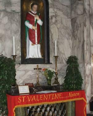 Spratt portò il reliquiario contenente il corpo di San Valentino e un piccolo recipiente con il suo sangue nella chiesa carmelitana di Whitefriar Street, a Dublino, dove si può vedere ancora oggi. Nel reliquiario ci sono solo alcuni resti del santo (e il recipiente), racchiusi in una piccola scatola sigillata con la cera, con un fiocco di seta rosso intorno.
