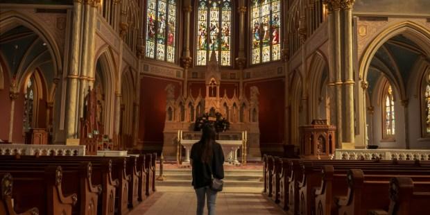 PRAYING,CHURCH,CATHEDRAL