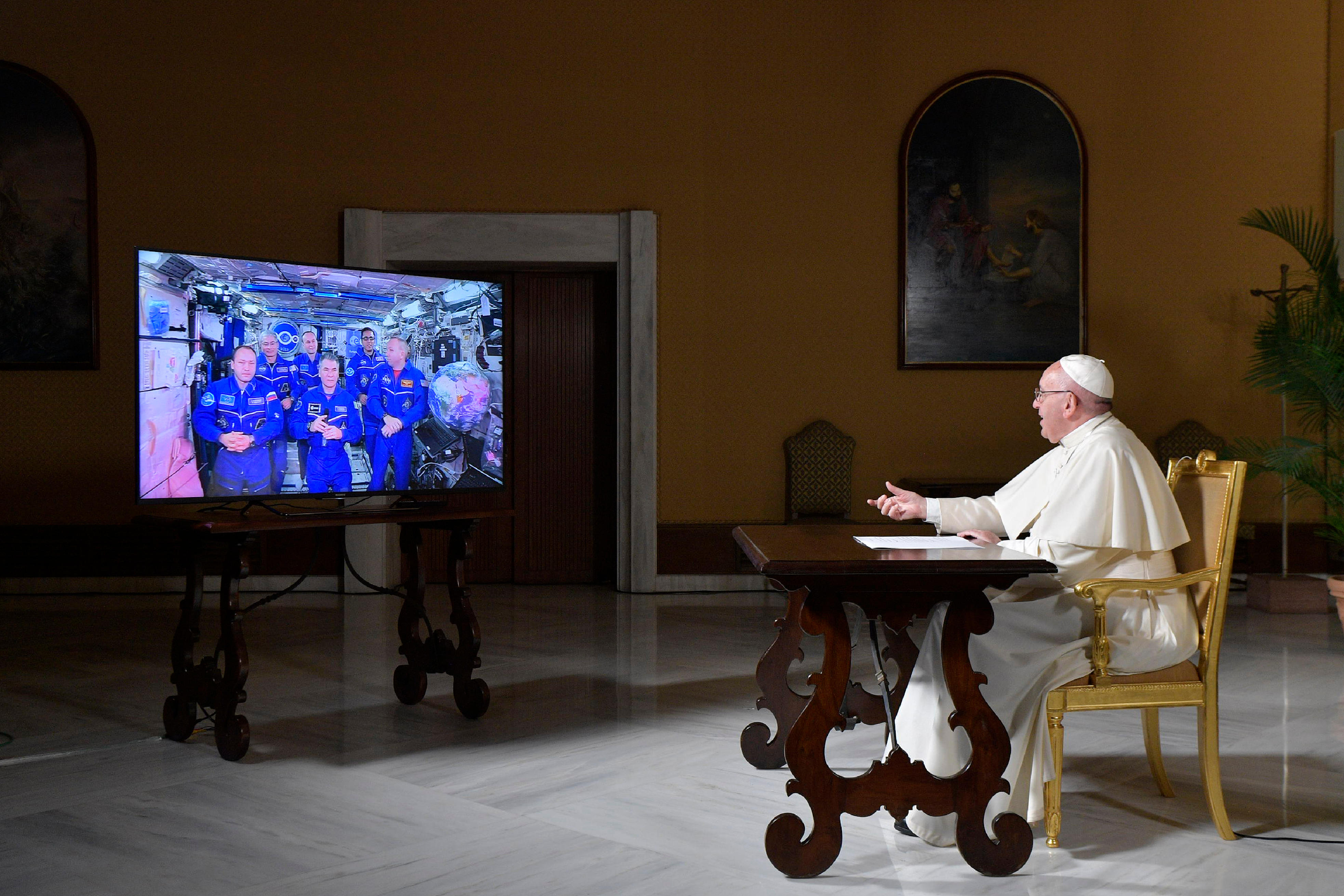 POPE ISS