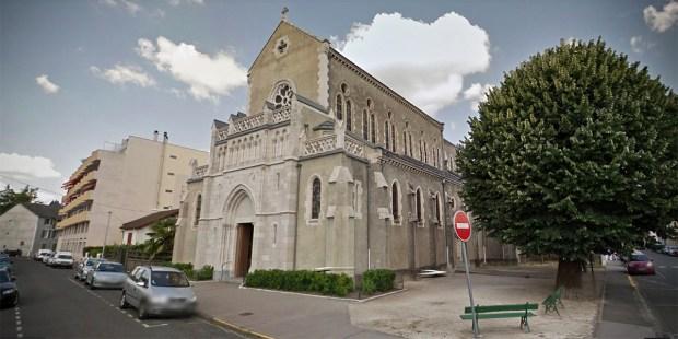 Church Notre Dame du Bout du Pont