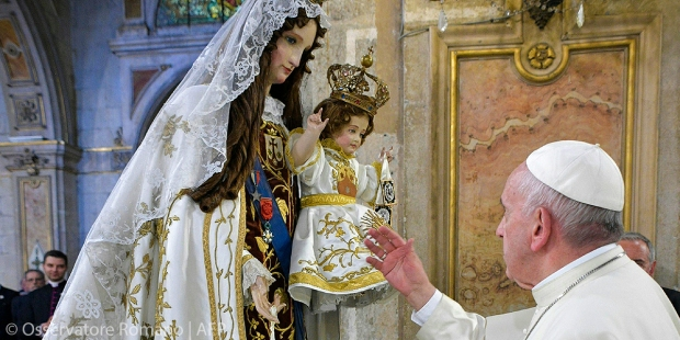 POPE FRANCIS,BLESSED MOTHER,CHILD,CHILE