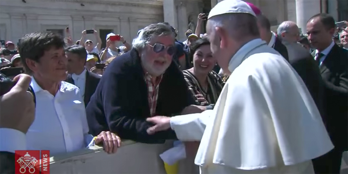 POPE FRANCIS GREETS FRANCESCO GUCCINI AND GIANNI MORANDI