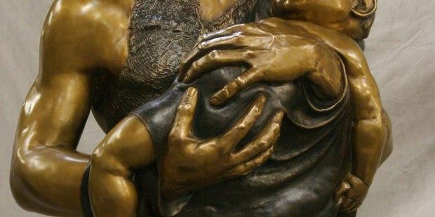 """(FOTOGALLERY) Uno scultore cattolico e la sua missione di """"salvare il mondo"""" attraverso l'arte liturgica"""
