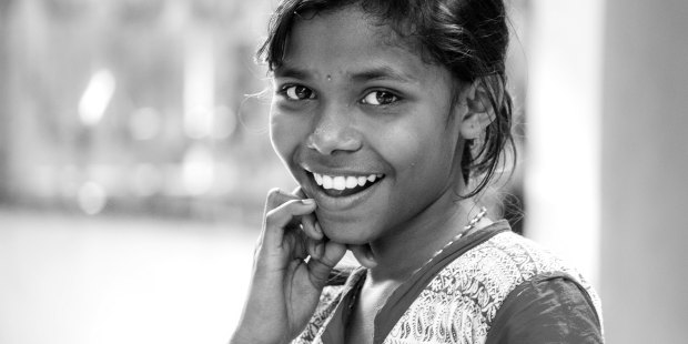INDIAN GIRL SMILING