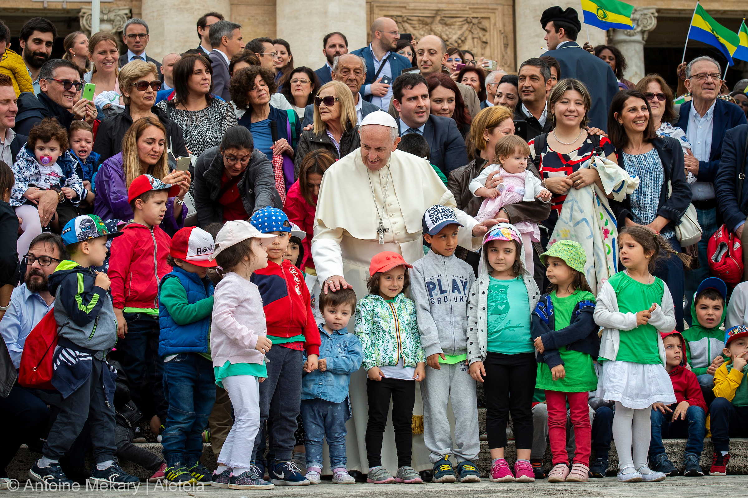 POPE FRANCIS,CHILDREN