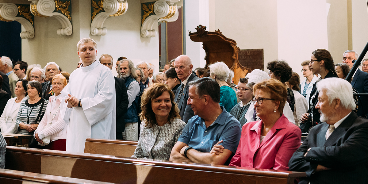 WEB3; PEOPLE; PARISH; PARISHIONERS; CHURCH; KS01