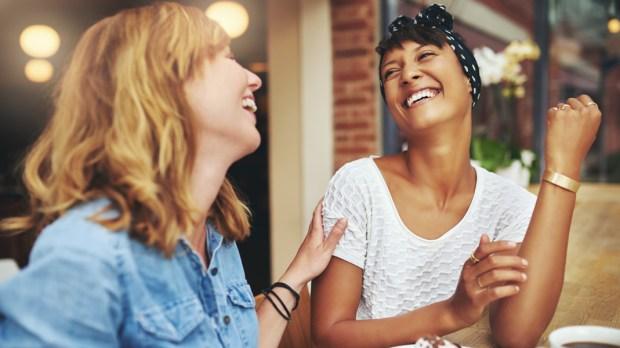 WOMEN,FRIENDS,LAUGH,CAFE