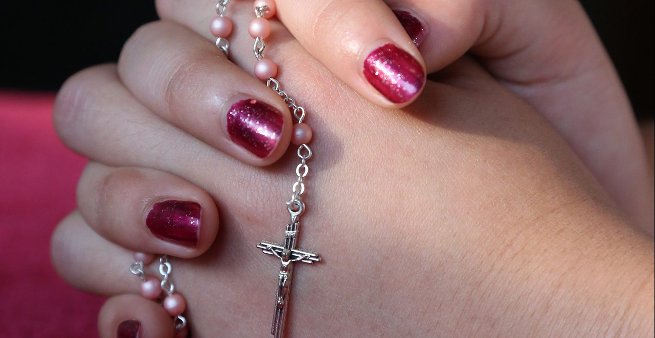 HANDS ROSARY