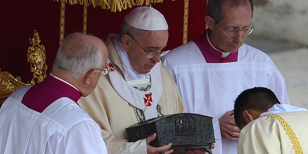 POPE FRANCIS RELIC ST. PETER