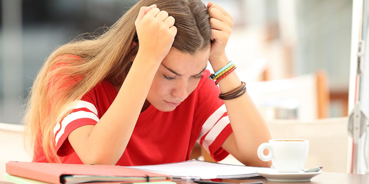 STUDENT GIRL