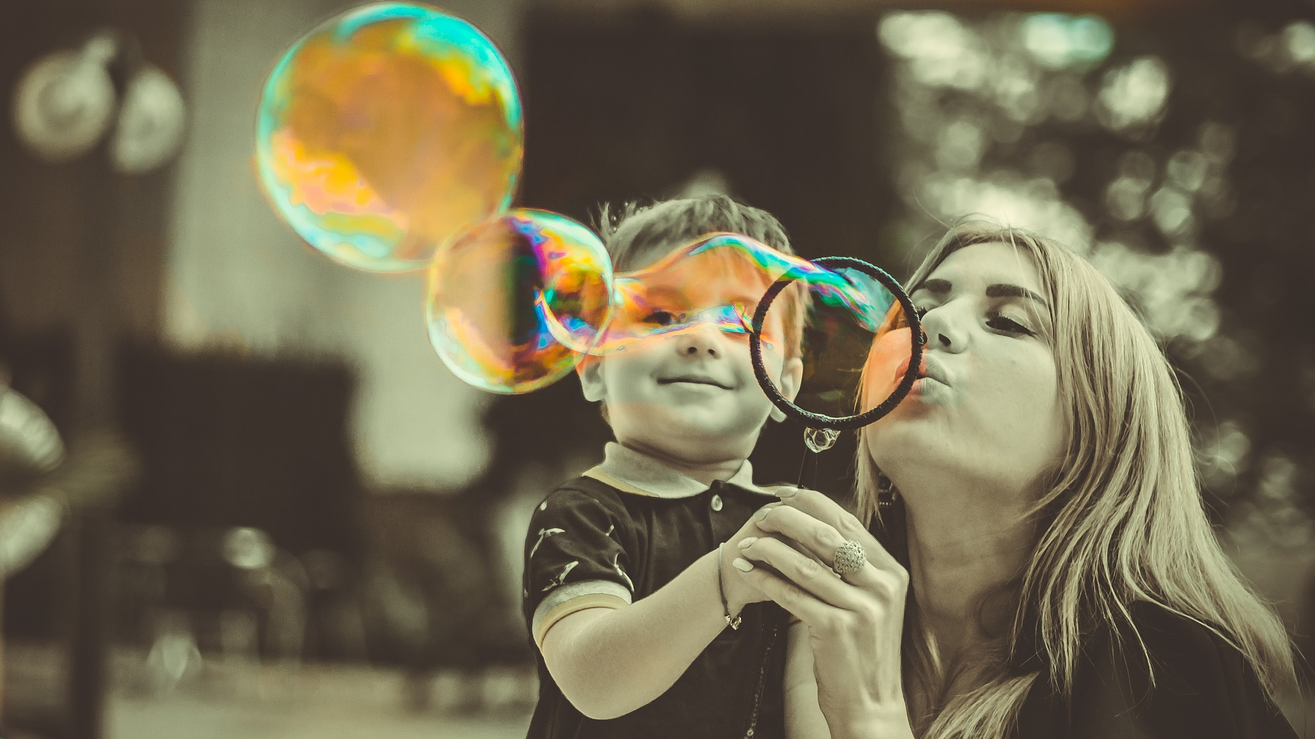 SOAP BUBBLES MOM AND SON