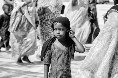 BAMBINA, AFRICA, PIAZZA