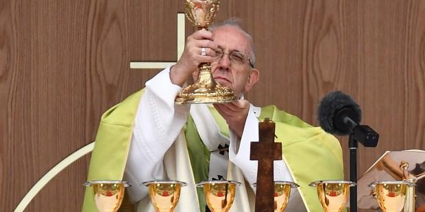 POPE FRANCIS,HOLY MASS,MMWMOF