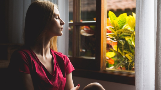 WOMAN,HOME,PRAYER