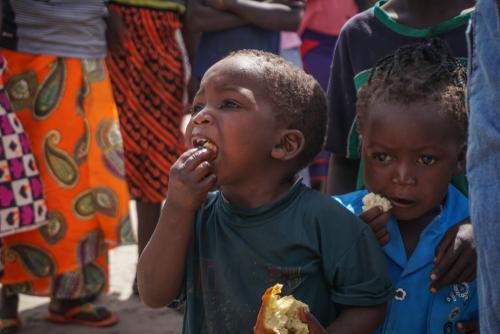 BAMBINI, AFRICA, FAME