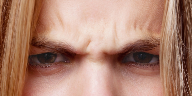 WOMAN,ANGRY,EYES