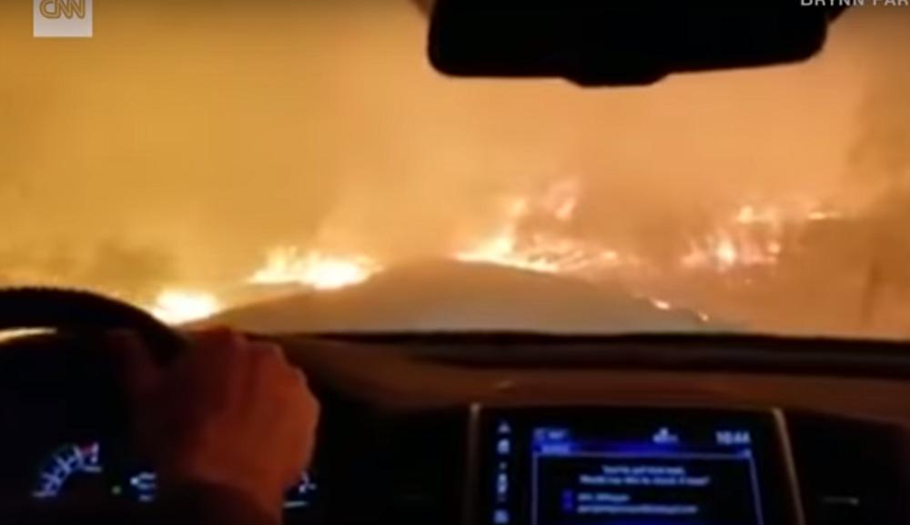 INCENDIO, AUTO, CALIFORNIA