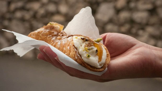 CANNOLO SWEET