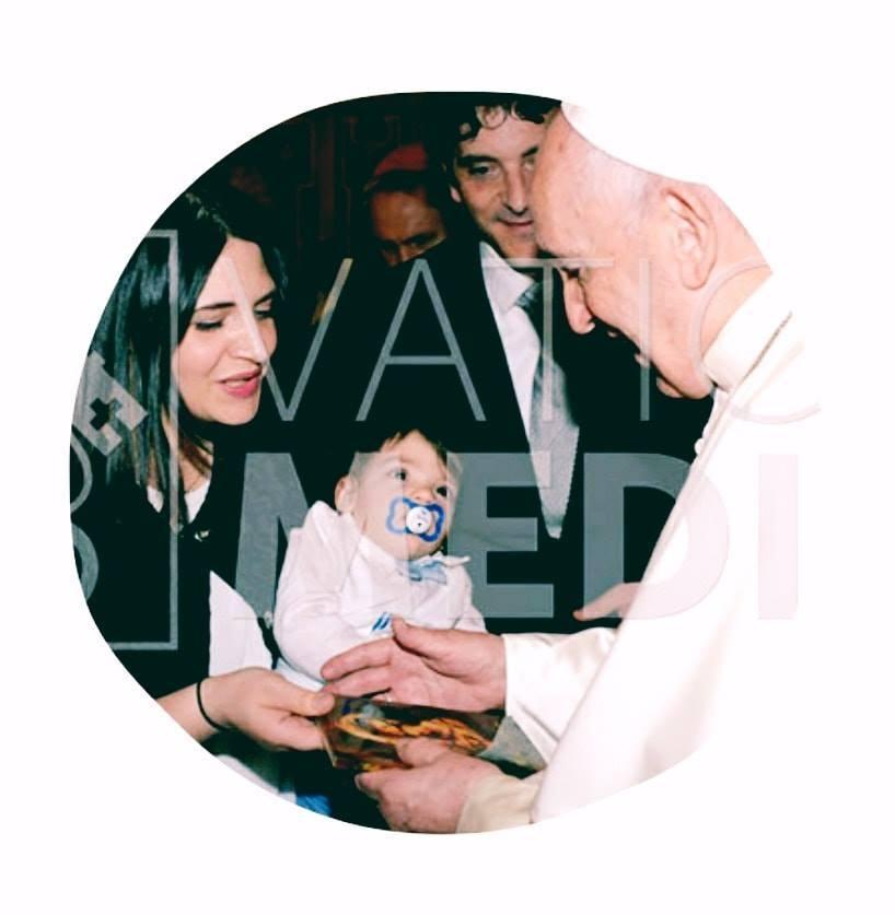 singer Dajana meets Pope Francis