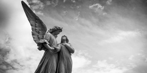 Invocare il proprio angelo: una pratica che ci fa sentire protetti.