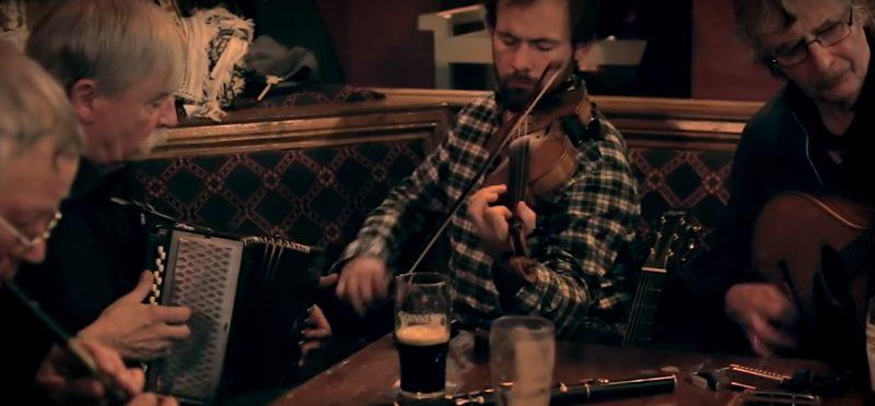 IRISH, PUB, BAND