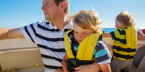 FATHER, BOAT, KIDS
