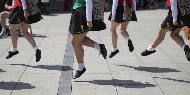 IRISH, DANCE, GROUP