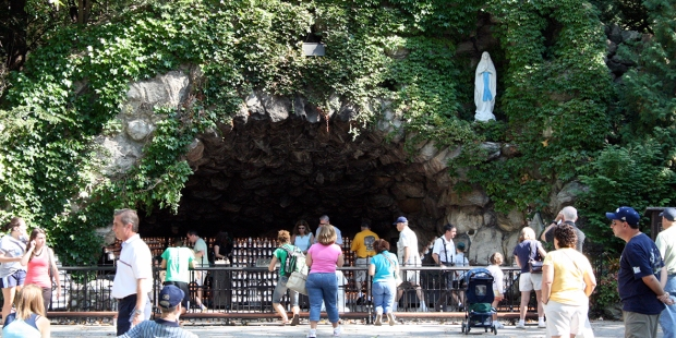 NOTRE DAME GROTTO