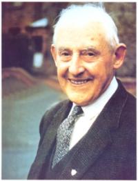 founder of the legio mariae