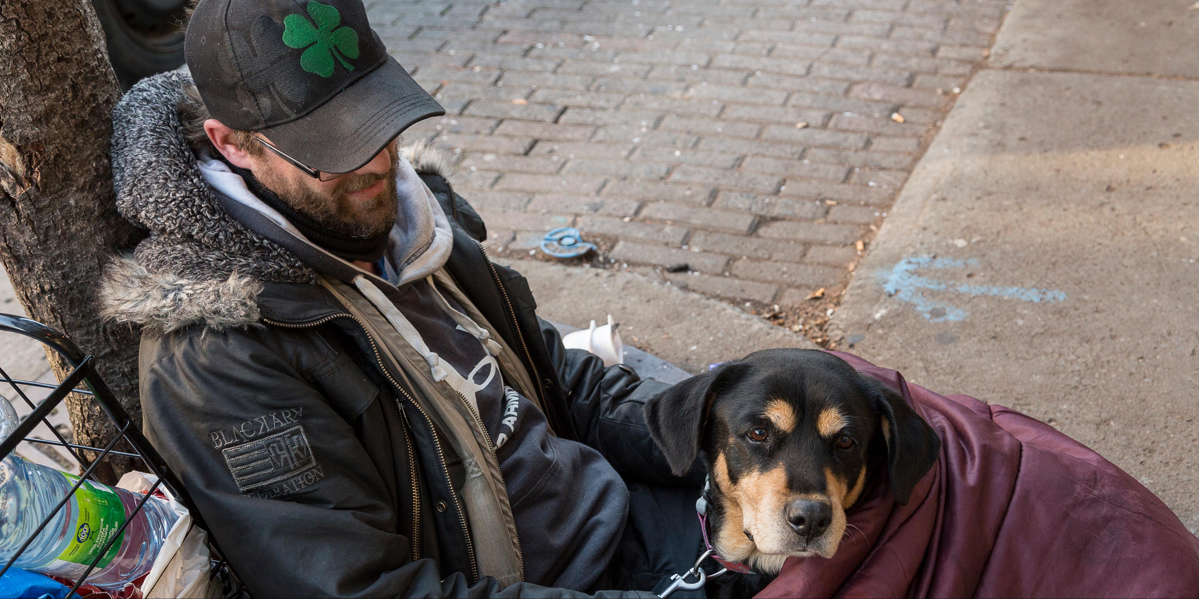 SDF avec son chien