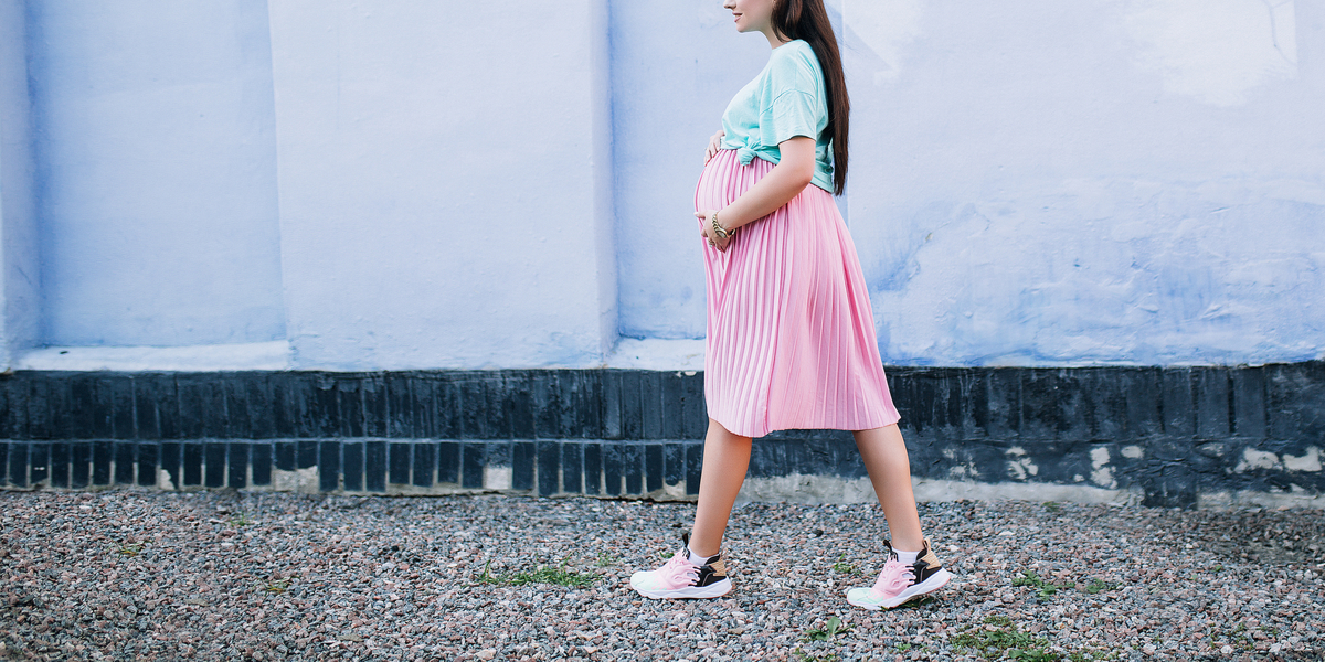 TEENAGER, GIRL, PREGNANT