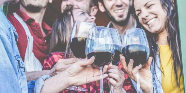 FRIENDS, HAPPY, WINE