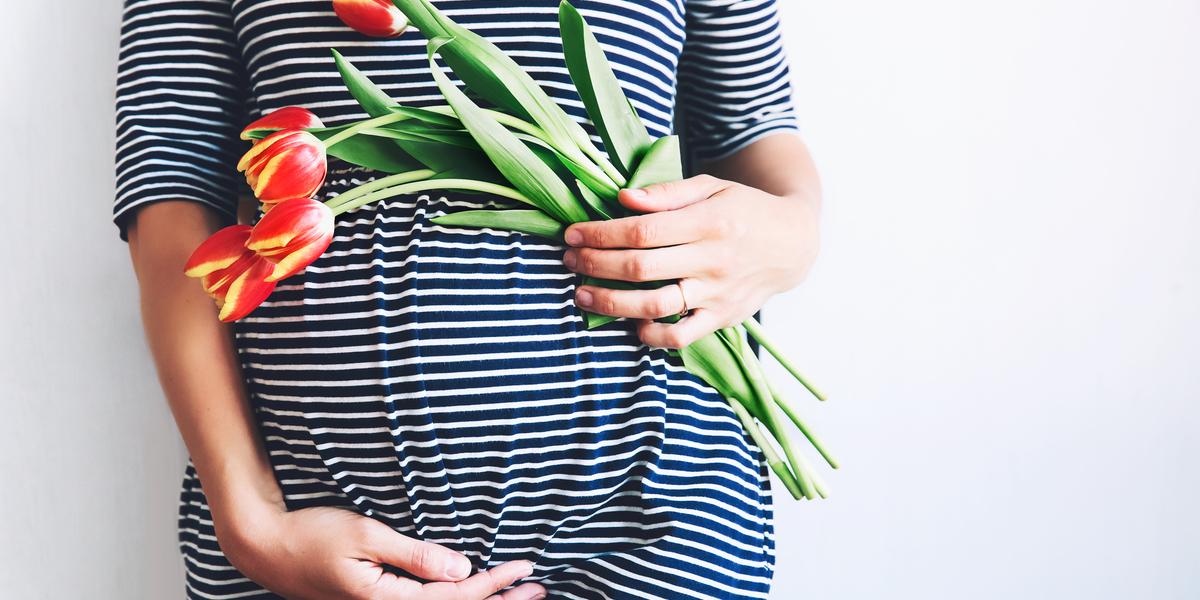 PREGNANT, FLOWERS, MUM