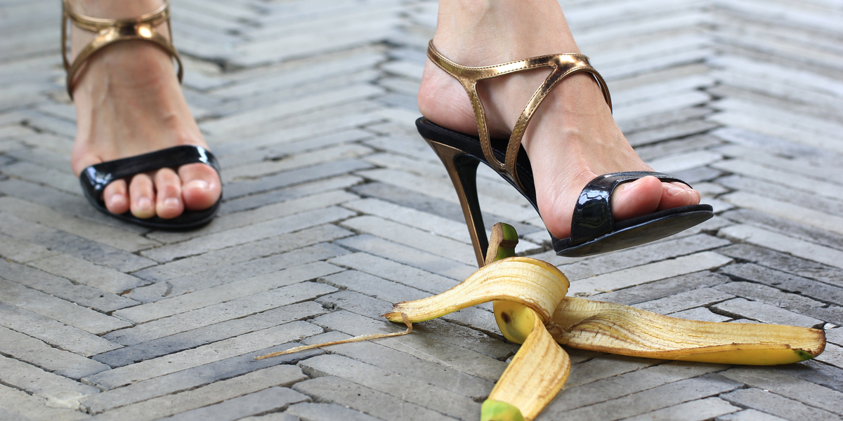 WOMAN, WALK, BANANA