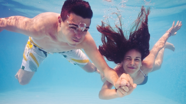 COUPLE, DIVING, POOL