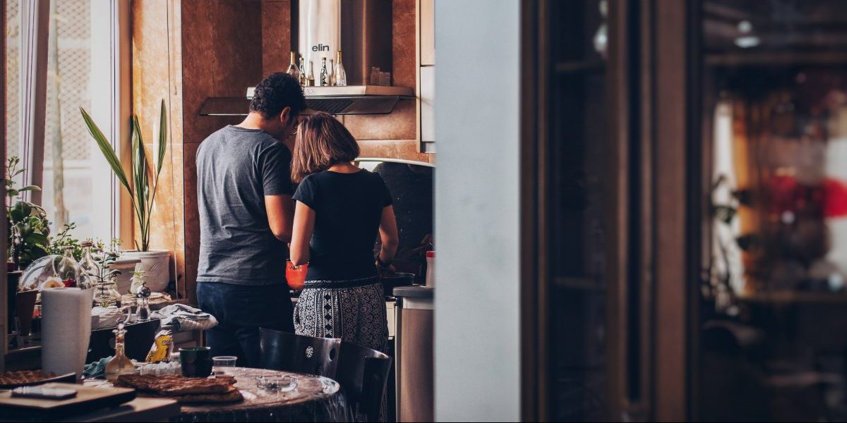 COUPLE, HOME, COOKING