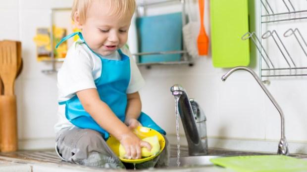 CHILD, WASH, DISH