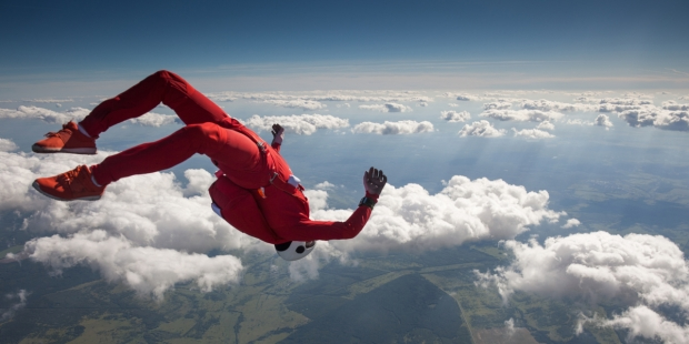 WOMAN, SKYDIVING