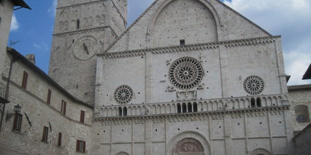 (FOTOGALLERY) Pellegrinaggio sulle orme di San Francesco ad Assisi