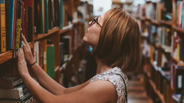 GIRL, HAPPY, LIBRARY