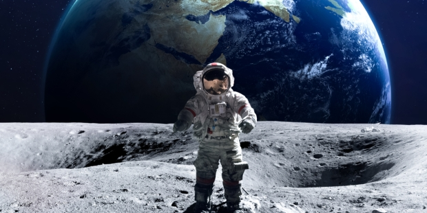 ASTRONAUT, MOON, EARTH