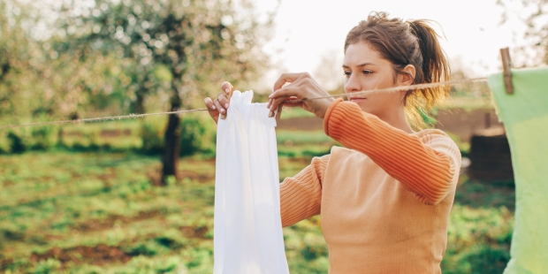 WOMAN, CLOTHES, OPEN AIR