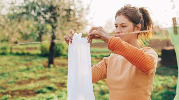 WOMAN, CLOTHES, OPEN AIR
